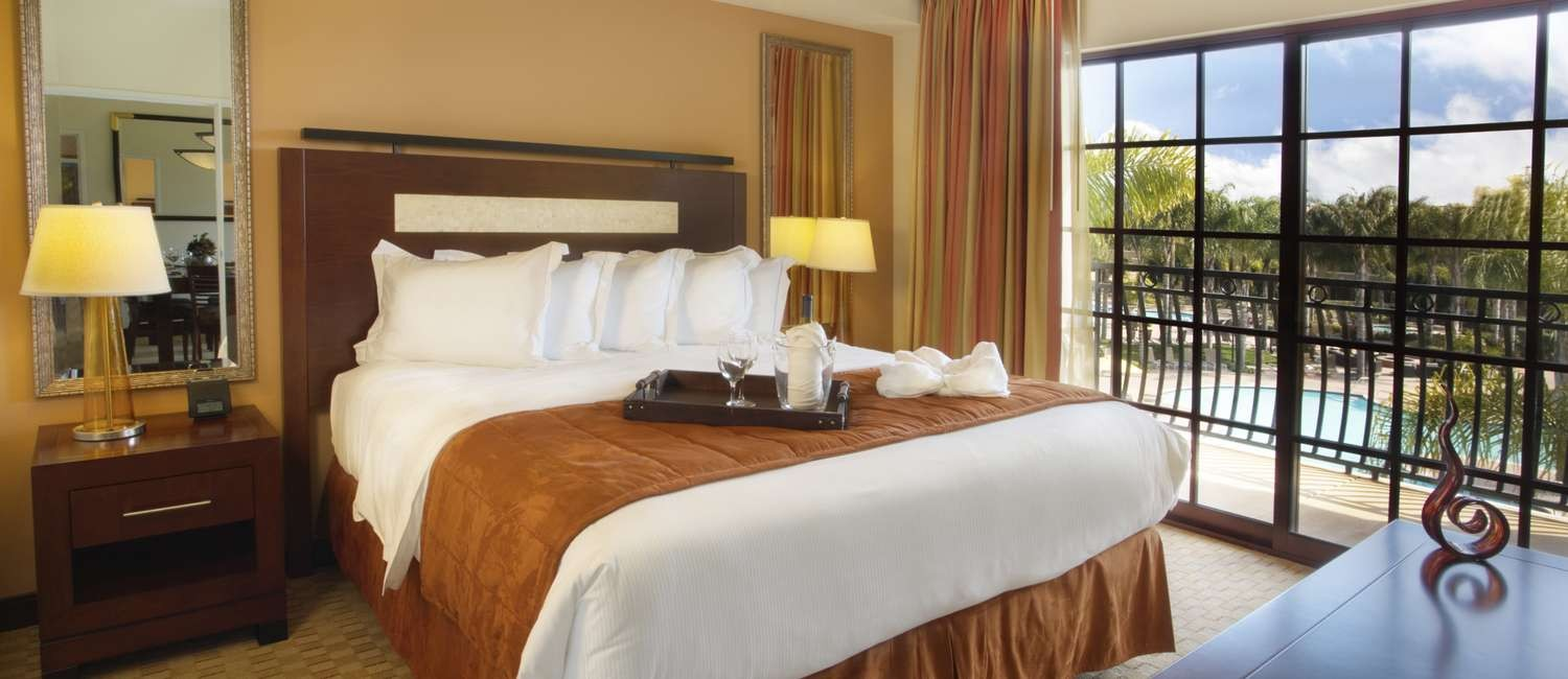 WHERE COMFORT MEETS SOPHISTICATIONSPACIOUS AND MODERN ACCOMMODATIONS